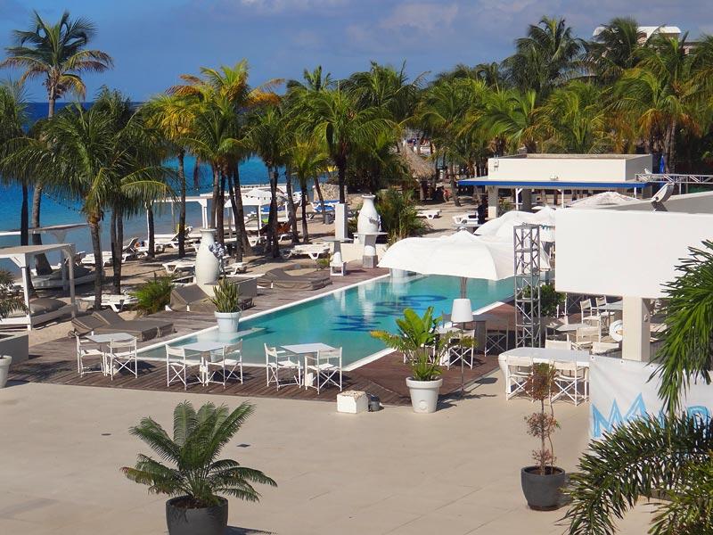 Onde comer em Curaçao - Mambo Beach (Foto: Esse Mundo É Nosso)