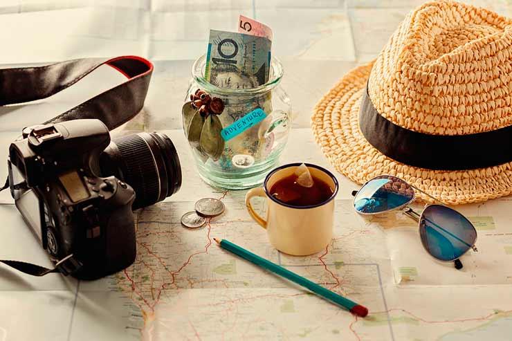 Onde cotar seguro viagem com bons preços (Foto via Shutterstock)